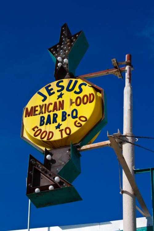 19_2011_01_JesusBBQ-1