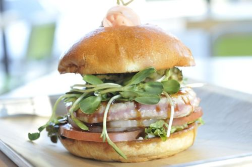 Hopdoddy_AhiTunaBurger