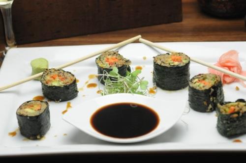 hi res vegan sushi sundown roll