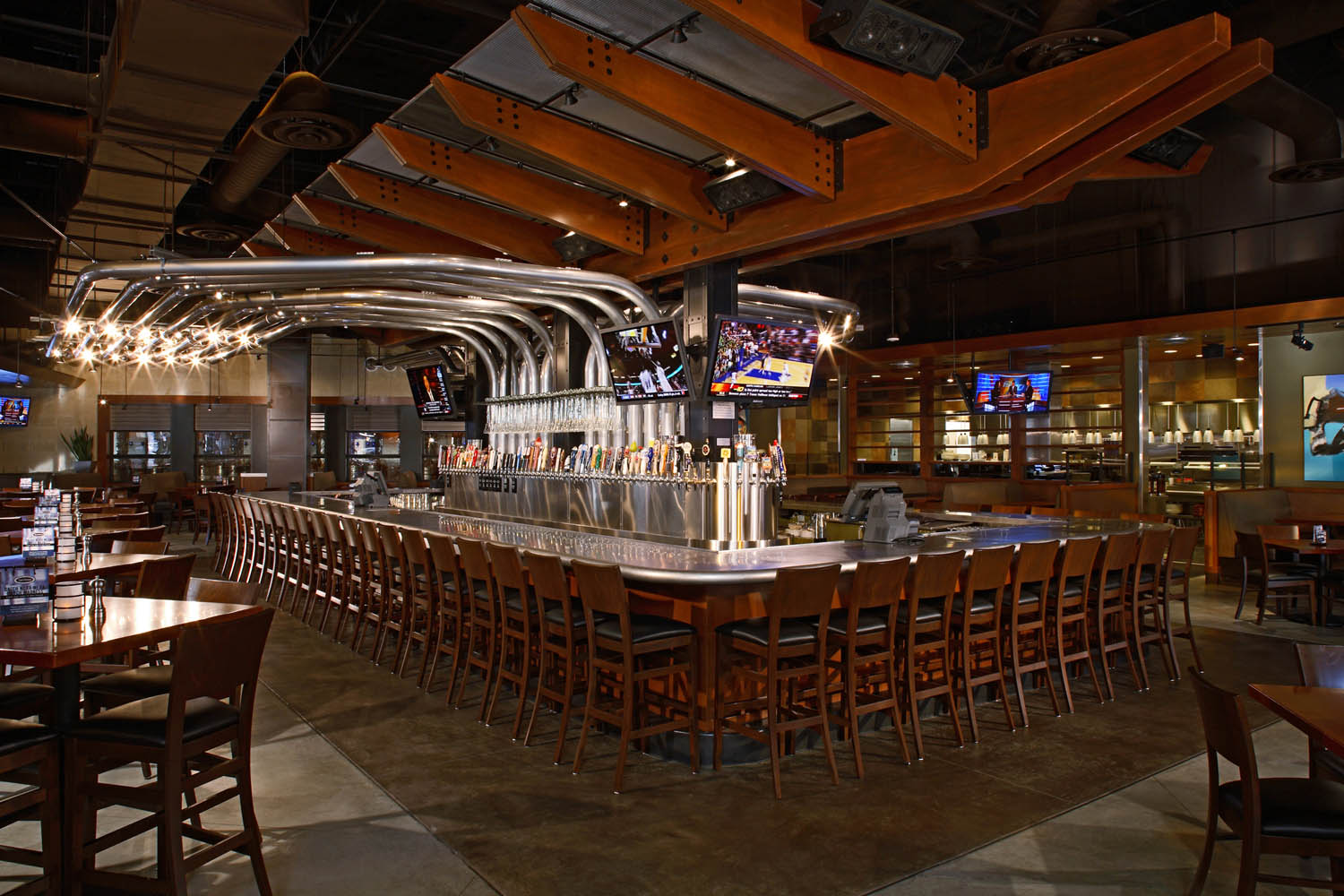 Yard house opening in addison oct 29 cravedfw - Bars for the house ...