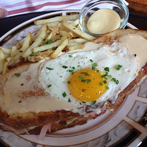 egg mercat croque madame