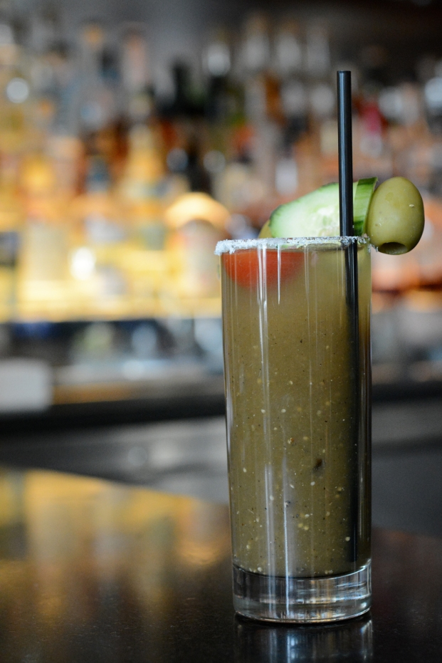 knife Green Bloody Mary