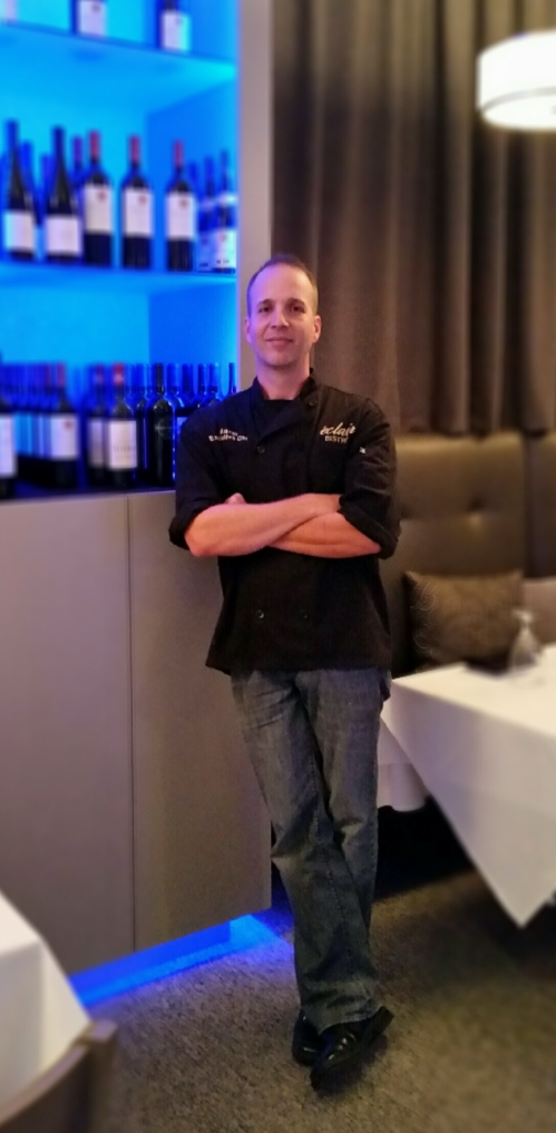 Chef_Aaron_Thomas-eclair_bistro