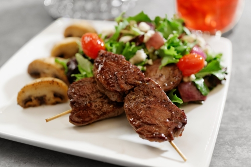 SSS Tenderloin_Skewer_Salad_9703R