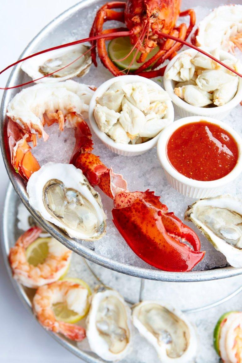 seafood-tower-alb