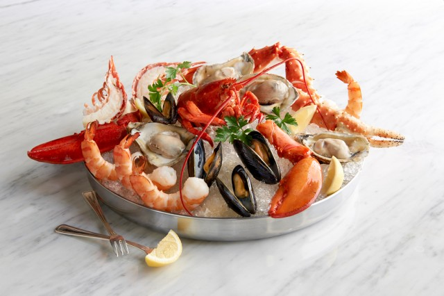 seafood-tower-platter-oceanaire
