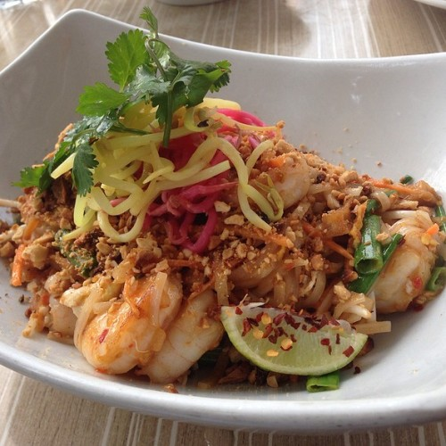 phone-malai-shrimp-pad-thai
