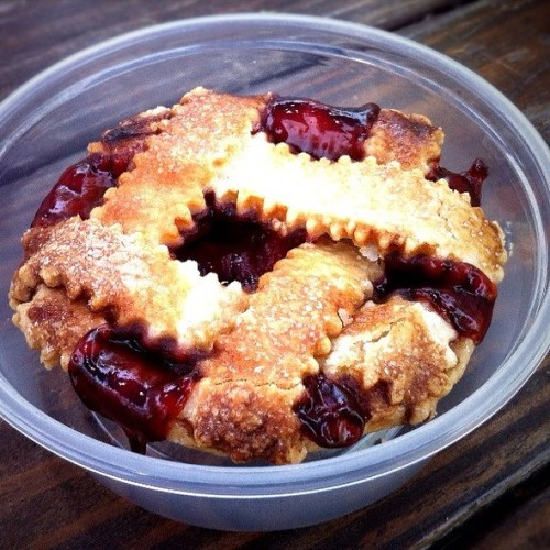 whats-eating-offsite-cherry-cola-pie