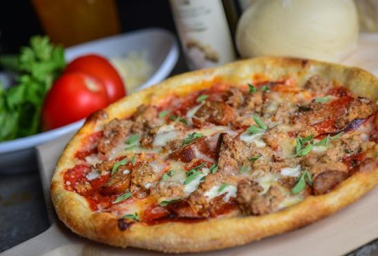 Carnivoro Pizza
