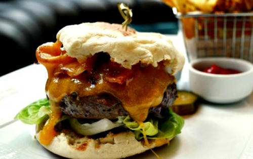 tesar burger