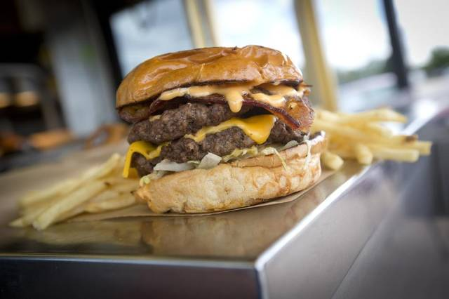 casa-burger-burger.jpg