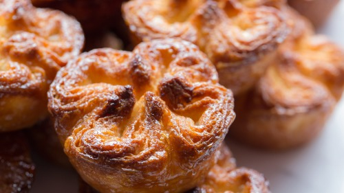 kouign-amann-multiple-close-MK3_5497